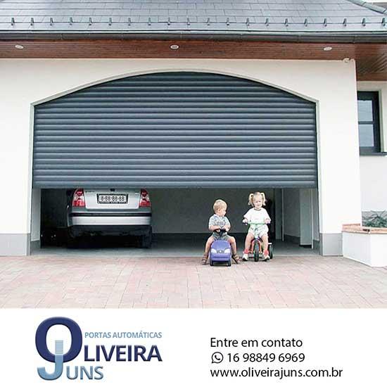 portas-de-enrolar-automaticas-residencial-040